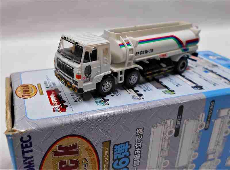 共同石油 日産ディーゼル C800 タンクローリー トラックコレクション 第6弾