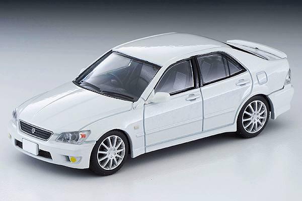 トヨタ アルテッツァ RS200 (白) N227a 2021年2月発売